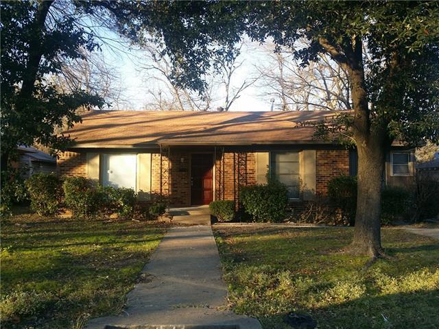 1523 Sutter St, Dallas, TX