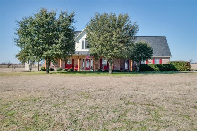 218 Lakeview Rd, Rhome, TX