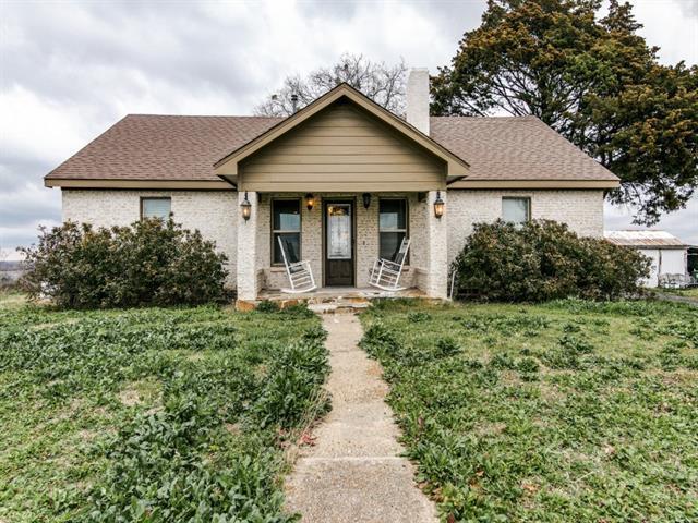 1609 Lake Rd, Lavon TX 75166