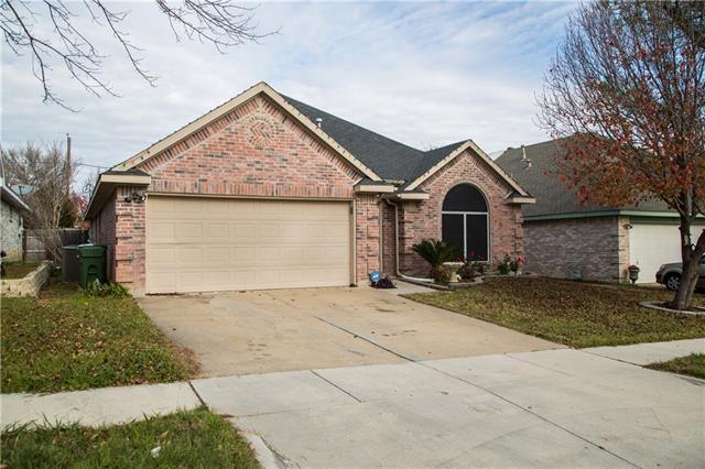 939 Blossomwood Ct, Arlington, TX