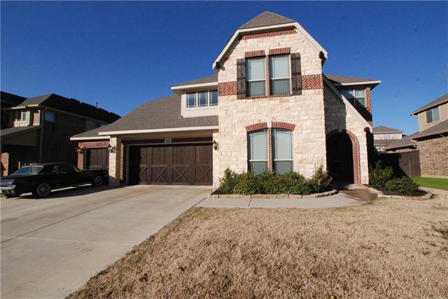 952 Tara Dr, Burleson, TX