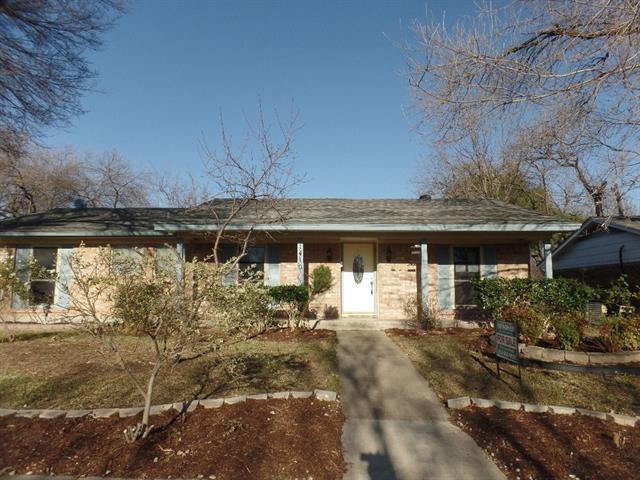 1410 Park East Dr, Garland, TX