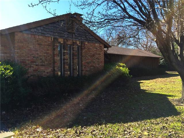 6230 Walnut Hill Ln, Dallas, TX