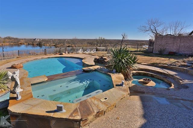 1218 Saddle Lakes Dr, Abilene, TX