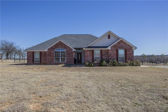 112 Clara Lee Ln, Springtown, TX