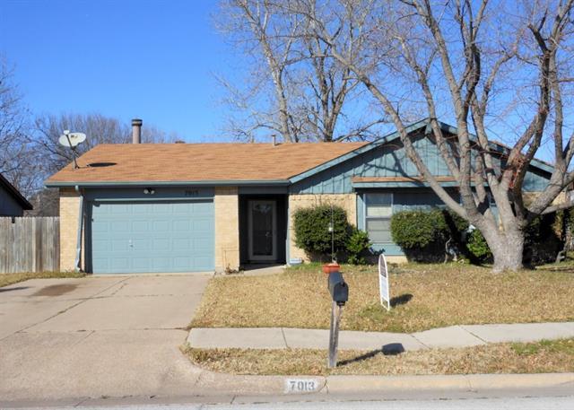 7013 Lincolnshire Ln, North Richland Hills, TX