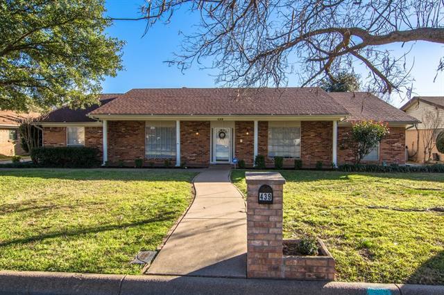 439 W Louella Dr, Hurst, TX