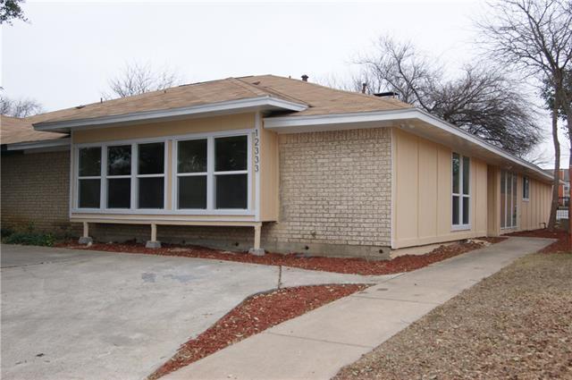 12333 Ferris Creek Ln, Dallas, TX