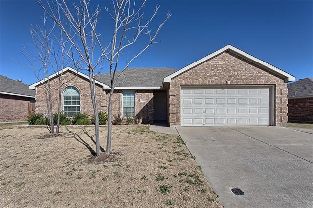 304 Mckamy Blvd, Denton, TX
