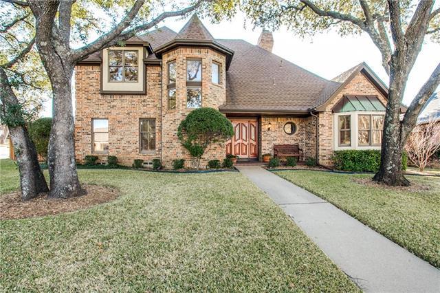 7310 Lizshire Ave, Dallas TX 75231