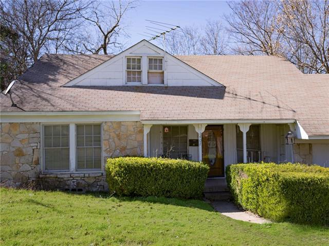 1407 Arborvitae Ave, Dallas TX 75224