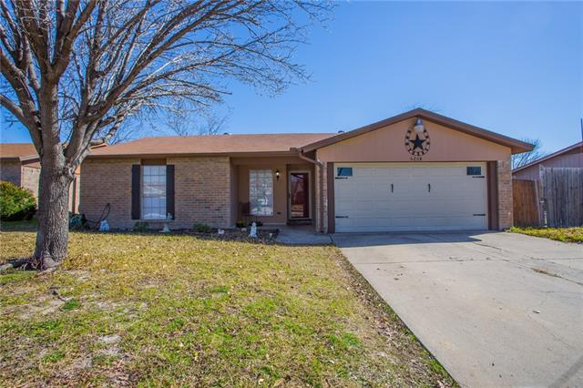 6208 Sunnybrook Dr, Fort Worth, TX