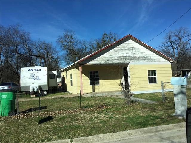 831 Lawrence St, Gainesville, TX