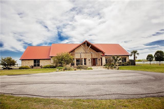 6630 Green Valley Cir, Aubrey, TX