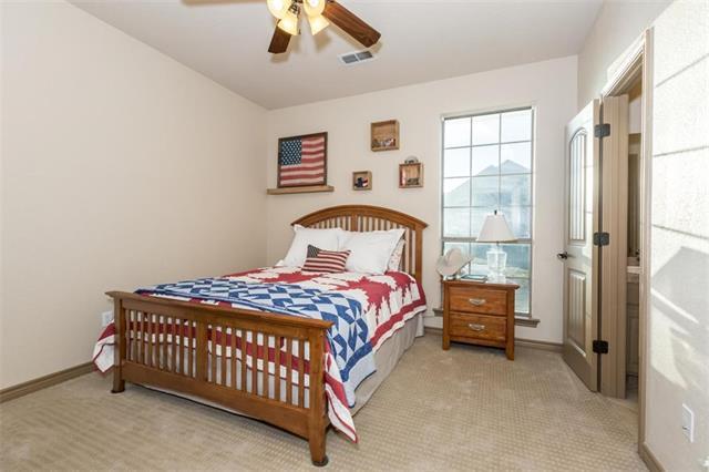 181 Canyon Dr, Decatur TX 76234