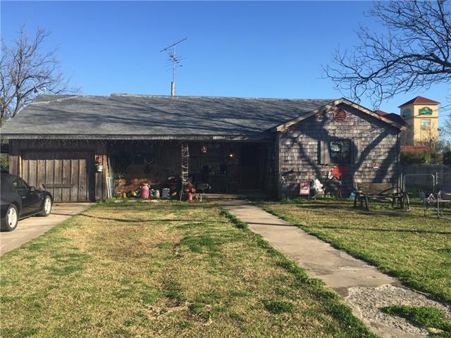 1309 E Ennis Ave, Ennis, TX