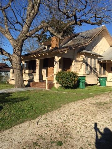 1703 Johnson St Greenville, TX 75401
