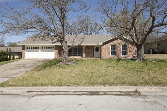 3808 Winifred Dr, Fort Worth, TX