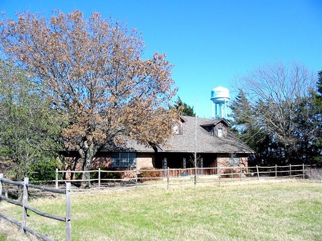 8436 Us Highway 69, Trenton, TX