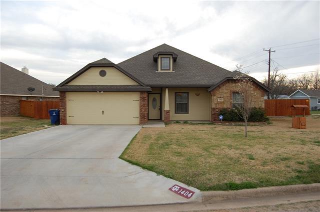 1404 Corto St, Graham, TX