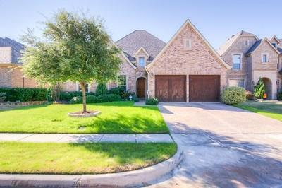 7329 Canadian Dr, Irving, TX