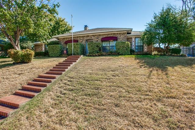 1606 James Good Ln, Garland, TX