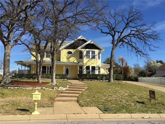 5603 Oak Branch Dr, Arlington, TX