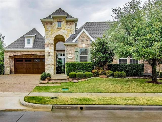 1004 Lost Valley Dr, Euless, TX