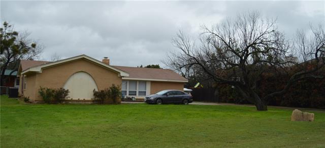 506 Grandview Dr, Granbury, TX