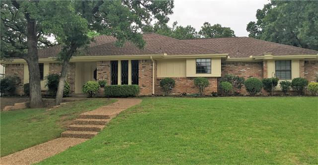 204 Inverness Dr, Roanoke, TX