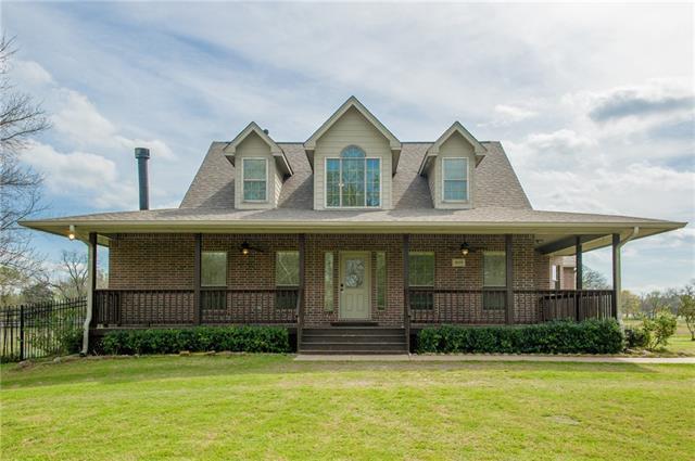 1039 W Red Oak Rd, Red Oak, TX