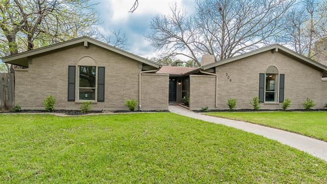 308 Lakewood Dr, Desoto, TX