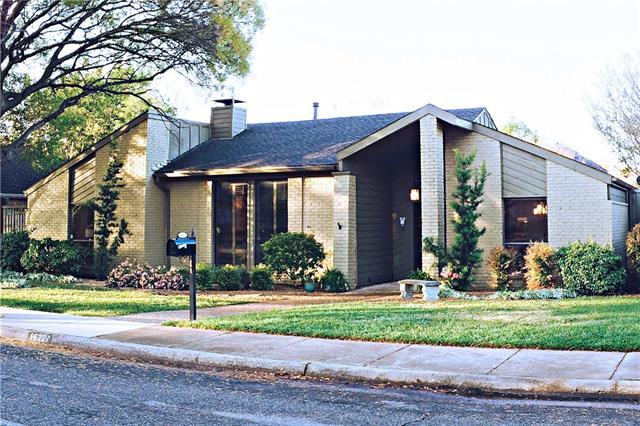 16227 Amberwood Rd, Dallas, TX