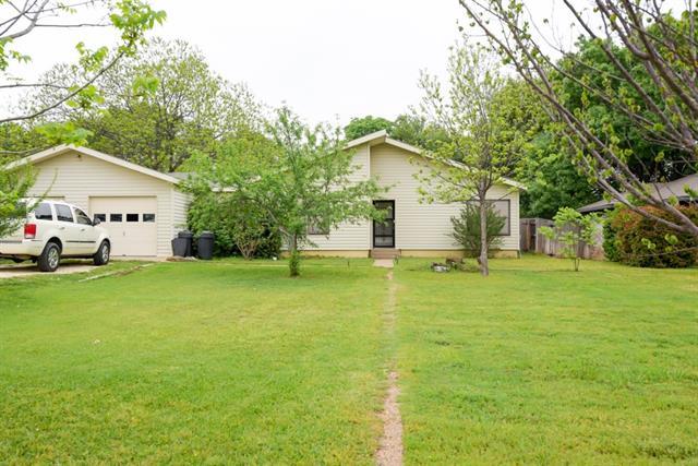 408 Granada Calle Ct, Granbury, TX