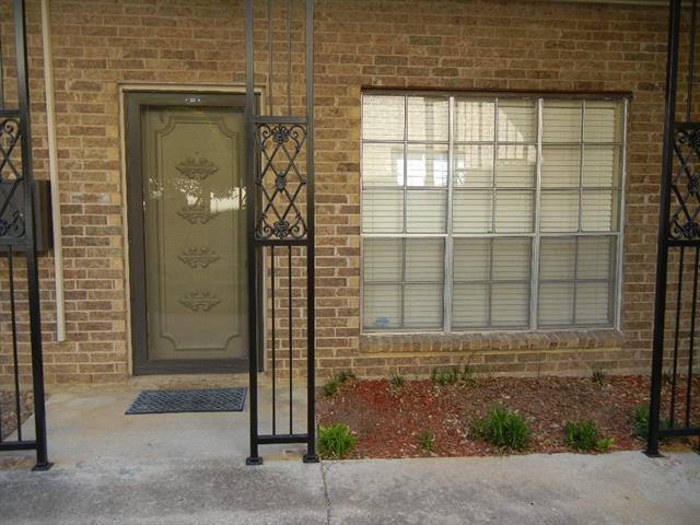 4438 Harlanwood Dr #APT 113, Fort Worth TX 76109