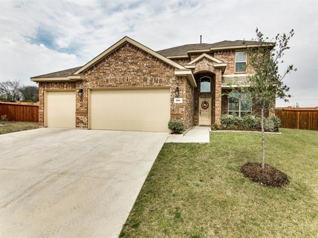 200 Armstrong Ln, Lavon TX 75166