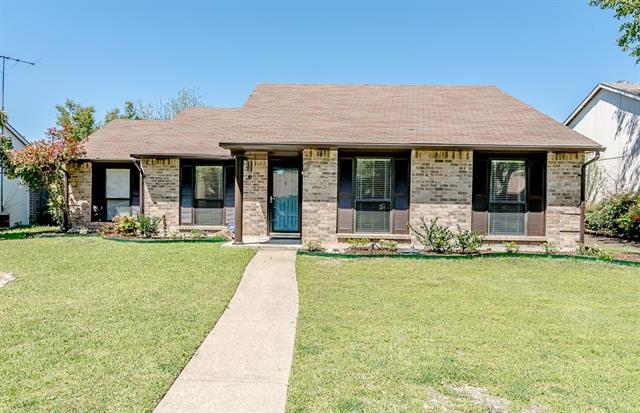 1315 Woodland Ct, Allen, TX