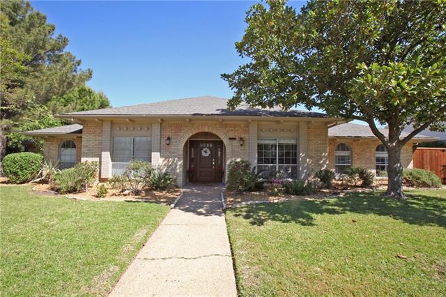 7107 Roundrock Rd, Dallas, TX