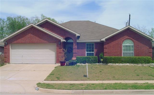 8007 Mcmurtry Dr, Arlington, TX