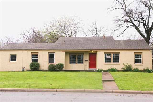 2801 W Biddison St, Fort Worth TX 76109