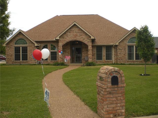 4916 Delta Ct, North Richland Hills, TX