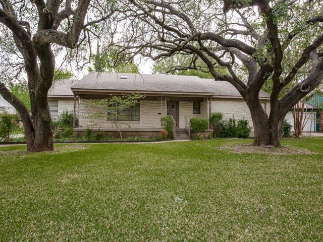 3652 Manderly Pl, Fort Worth TX 76109