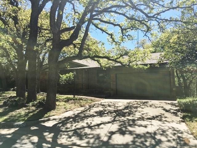 5720 Rockhill Rd, Fort Worth, TX