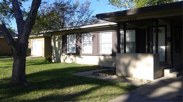 1613 Hilltop Dr, Garland, TX