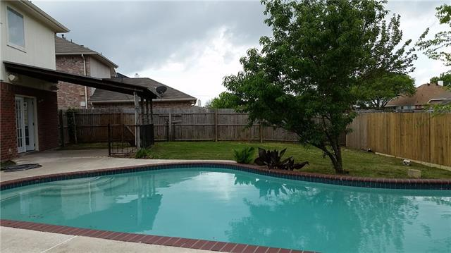 7301 Gillon Dr, Rowlett, TX
