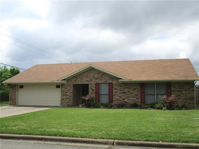 801 Cleveland St, Greenville TX 75401