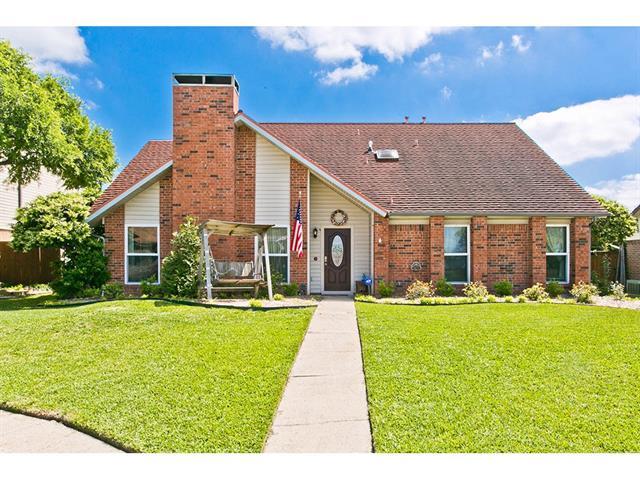 2524 Rosebud Ct, Carrollton, TX