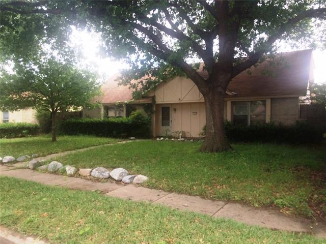 1734 Goliad Dr, Garland, TX