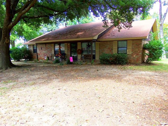 411 Lake Dr, Quitman TX 75783