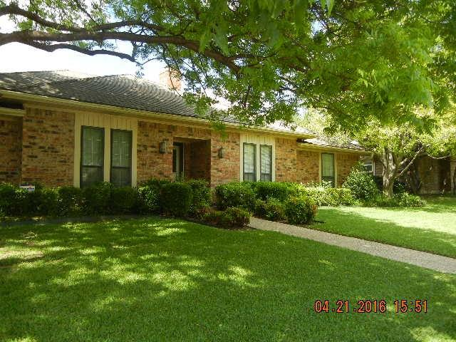 2213 Silver Holly Ln, Richardson TX 75082